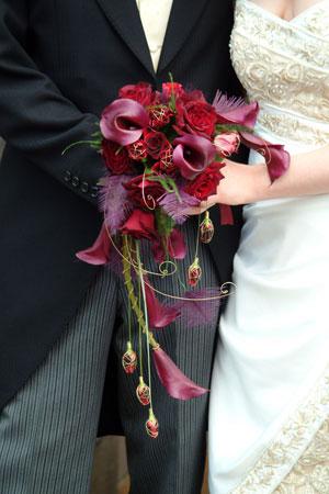 1000 images about semi crescent bouquet on pinterest for Crescent bouquet